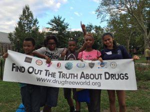 Protidrogová kampaň Nadace pro svět bez drog na severovýchodě New Yorku