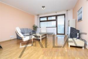 obývací pokoj s balkonem - Pronájem bytu 2+kk, Praha 6 Vokovice - Terasy Červený vrch, Irská