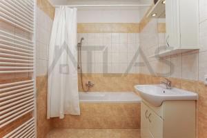 Byt 3+kk na pronájem, 110 m2, Praha 2 - Vinohrady, Mánesova ul koupelna s vanou