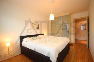 Pronájem zařízeného bytu 2+kk, 62 m2 Praha 8 - Karlín, Rohanské nábřeží River Diamond