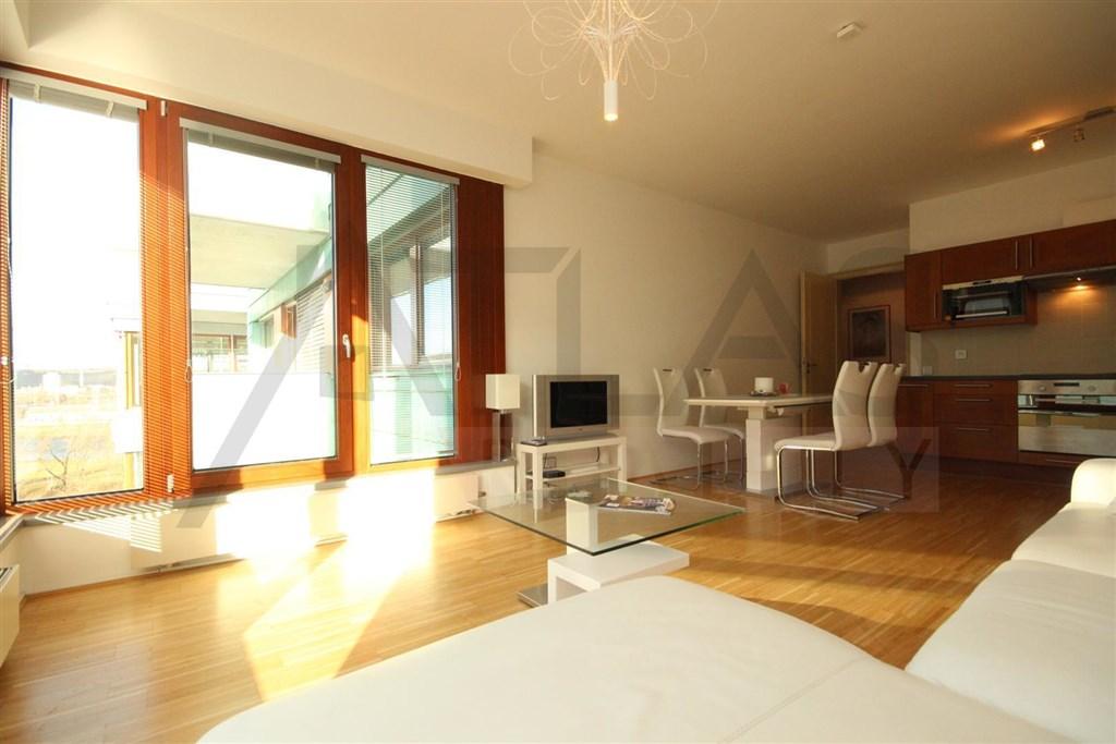 Prodej bytu 4+kk, 144 m² Praha - Vinohrady, Hradecká