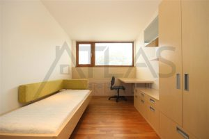 byt na pronájem 3+kk Praha 6 - Bubeneč, Gotthardská ložnice s vestavěnou skříní dětský pokoj