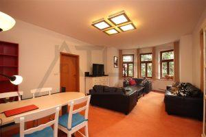 Pronájem zařízeného bytu ve vile 3+kk, 115 m2, Na Julisce, Praha 6 - Dejvice