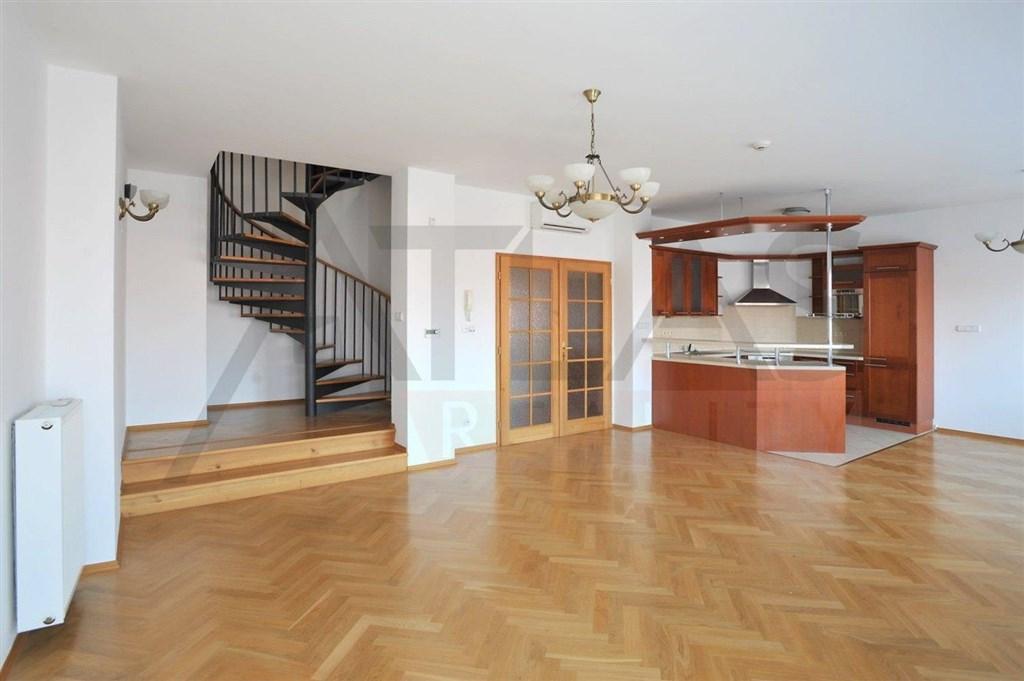 obývací pokoj Pronájem bytu 3+kk 85m2 Sevastopolská Praha 10 Vršovice