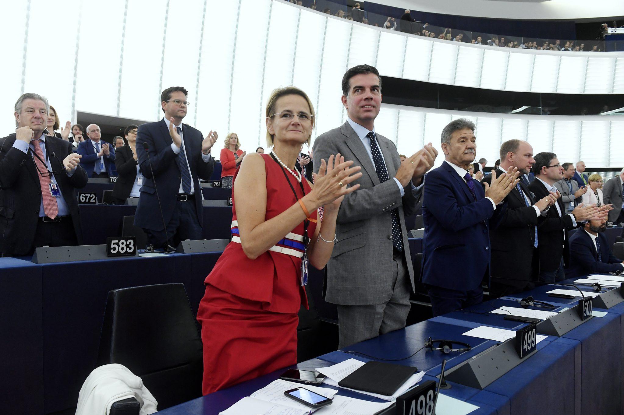 """Poslanci za Fidesz: """"Historický úspěch"""" rozpočtu EU v Maďarsku"""