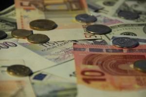 majetek a dluhy domácností