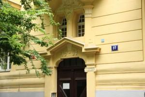"""SOŠ PZ Pezinok se v roce 2009 zapojila do mezinárodního projektu """"Leonardo da Vinci """"s názvem"""" Lidská práva"""