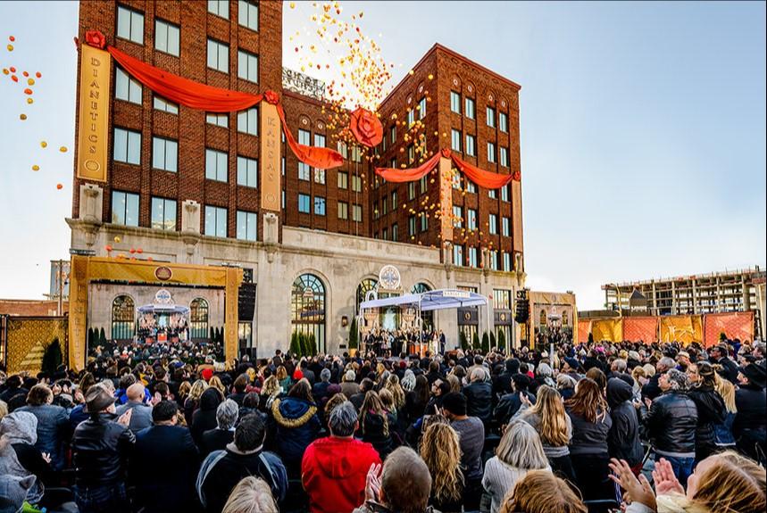 Slavnostní otevření ideální organizace Scientologické církve Kansas City, Missouri